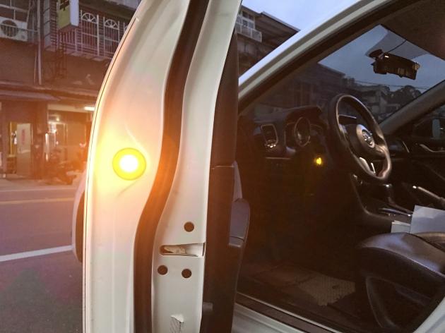 LED 警示燈 (黃光) 5